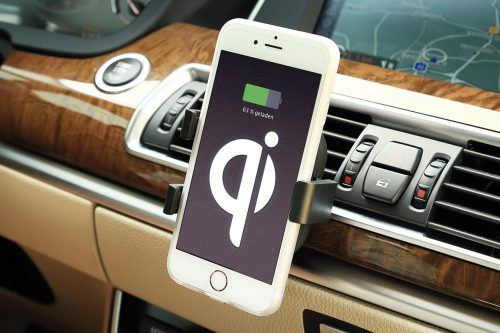 INBAY universal air vent mount for wireless charging in your car