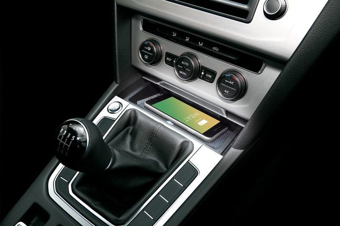 Wireless Charging im VW Passat mit INBAY