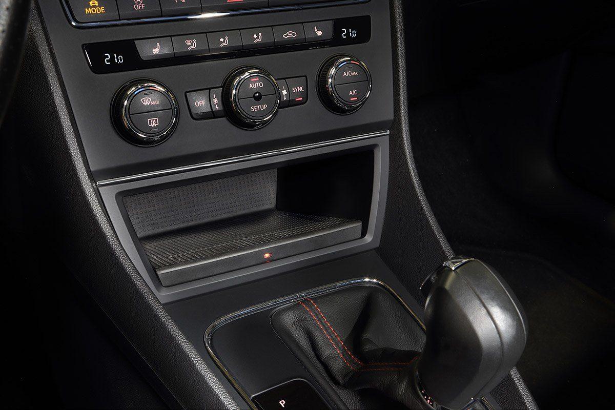 Wireless Charging für den Seat Leon 5F